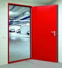 Có nên sử dụng khung cửa đặc biệt cửa chống cháy?